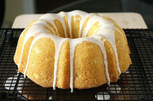 Memorial-Day-Party-Recipe-Lemonade-Cake.jpg