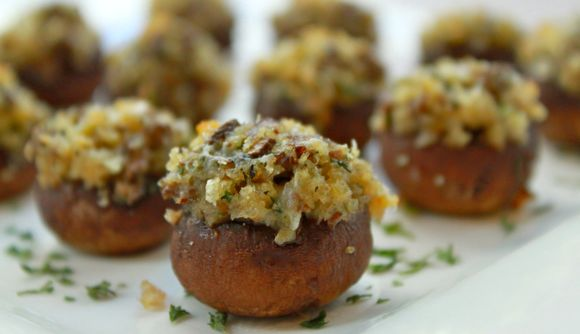 Memorial-Day-Party-Recipe-Sausage-Stuffed-Mushrooms.jpg