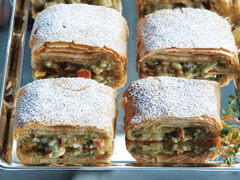 pear-cheese-strudel