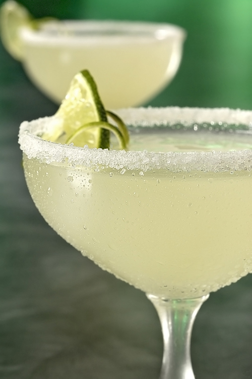 Cinco-de-mayo-party-recipe-margarita.jpg